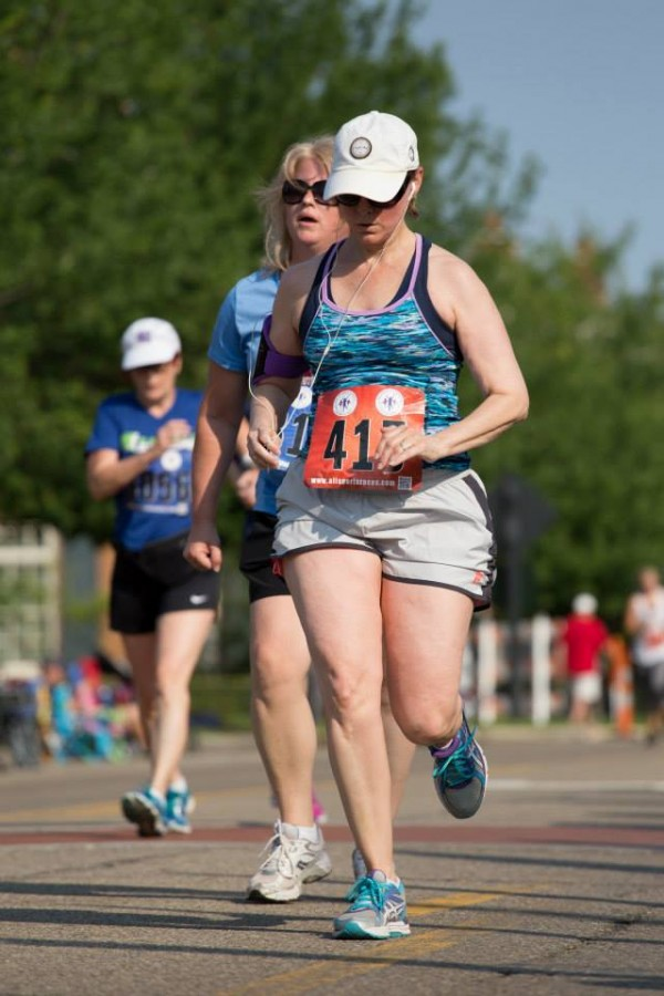 Me at the far left pushing hard to PR in the New Albany Independence 5K.